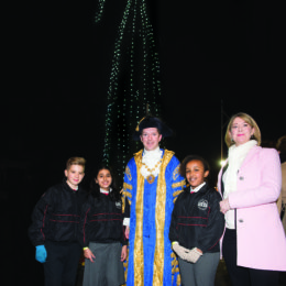 Photo of the three pupils from Gateway Academy who read, Julia Copus, and the Lord Mayor