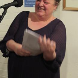 Anna Robinson reads.