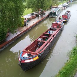 Canal boat - working pair at Honeystreet